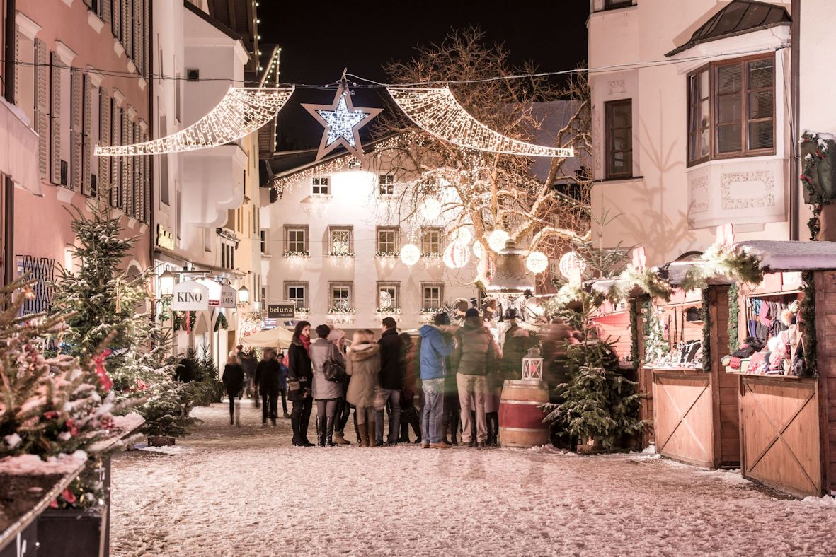 Kitzbühel Christmas markets in the town square
