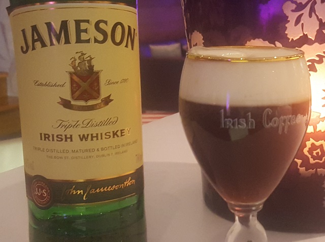 Irish Coffee Aigle des Neiges Val dIsere