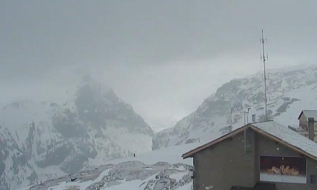 Schwarzee Zermatt 23 03 16 SNO