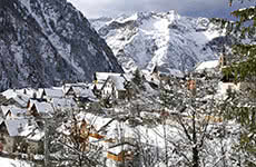 Les Deux Alpes ski holidays 2018 2019 skiing packages resort guide